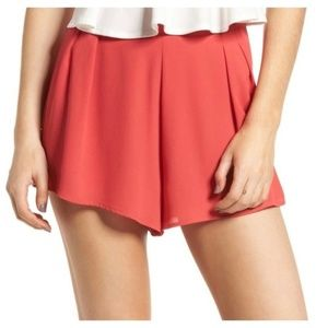 Lush | NWT Pleat Front High Waisted Dress Shorts